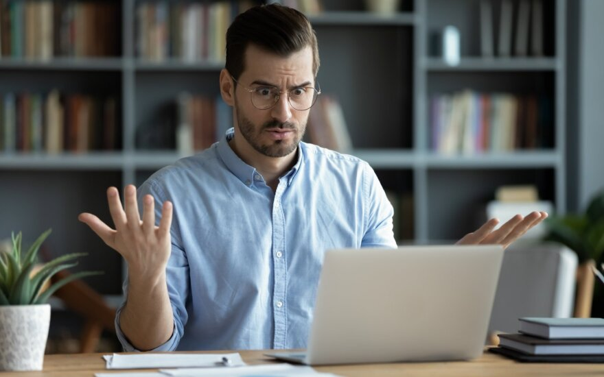 Jeigu manote, kad darbas iš namų jums nedaro įtakos – klystate: išvardijo jau dabar matomas pasekmes
