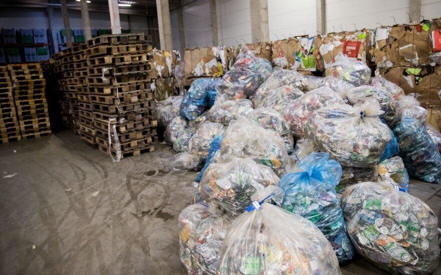 Vilniuje baigėsi pereinamasis laikotarpis atliekų vežėjams
