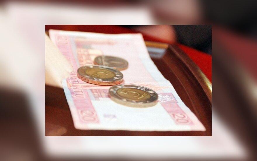 Valstybinių įmonių vadovų atlyginimus siūloma susieti su Seimo nario alga
