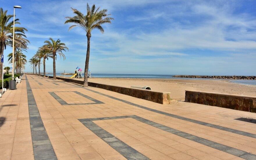 Tušti paplūdimiai: Ispanijos saulės šiais metais nebus?