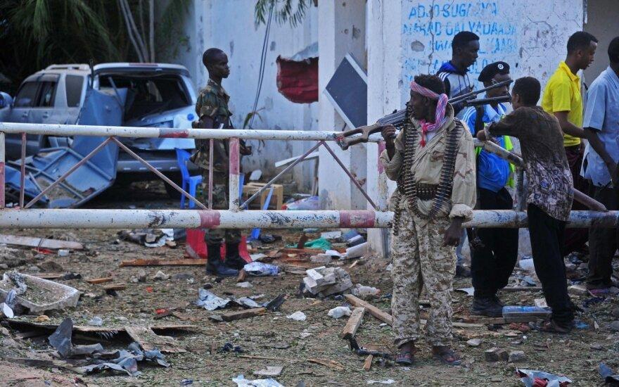 """Per JAV aviacijos antskrydį Somalyje nukauti 24 """"Al Shabaab"""" nariai"""