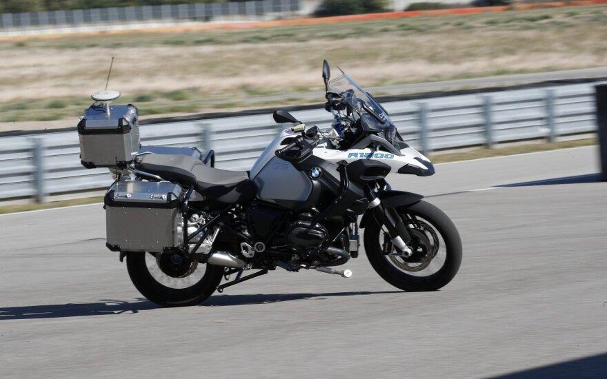 BMW autonominis motociklas