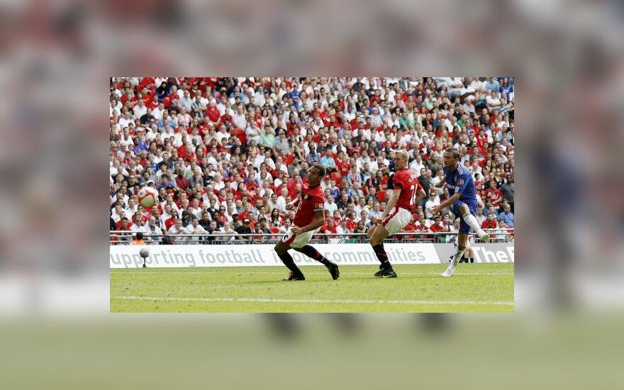 "Franko Lampardo (""Chelsea"") smūgis į ""Manchester United"" vartus"