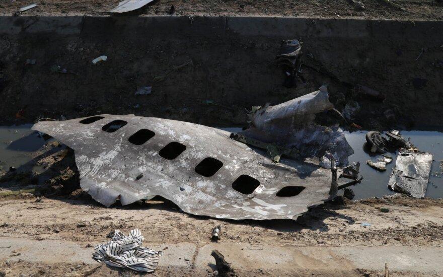 Aviacijos ekspertai apie Irane sudužusį Ukrainos lėktuvą: itin retas ir neįprastas atvejis