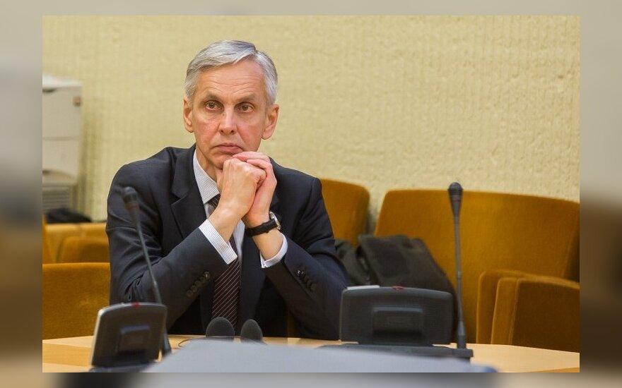 Povilas Urbšys. Apie pavergtuosius valdžioje