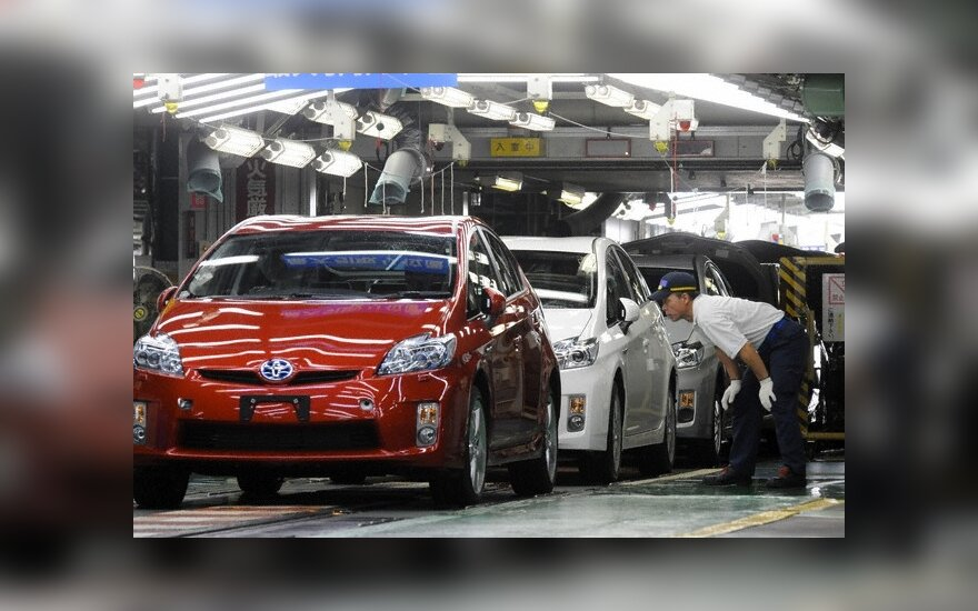 """""""Toyota"""" gamybą Šiaurės Amerikoje sumažins 70 proc."""