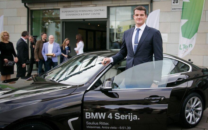"""Olimpiečiams – naujutėlaičiai BMW: vienas """"važinės į bažnyčią"""", kitam pritrūko erdvės"""