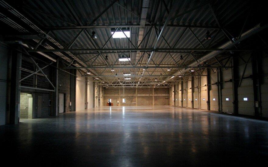 Verslas dar neskuba su investicijoms į viešuosius logistikos centrus