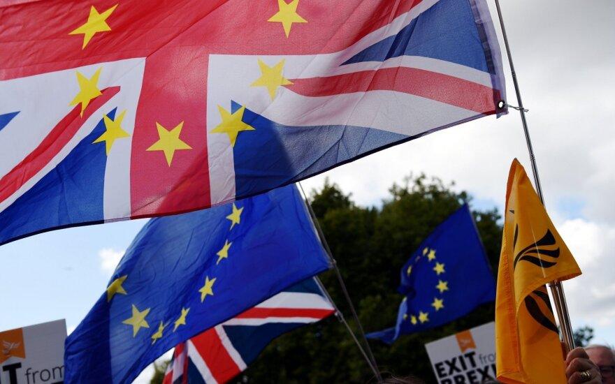 """Dauguma ES piliečių nemano, kad """"Brexit"""" turės padarinių jiems patiems"""
