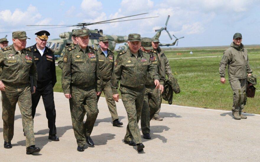"""Kiek dar Rusija terorizuos pasaulį? Kremliaus chamizmą ir pagyrūnišką politiką vadina """"pralaimėjimu po pralaimėjimo"""""""