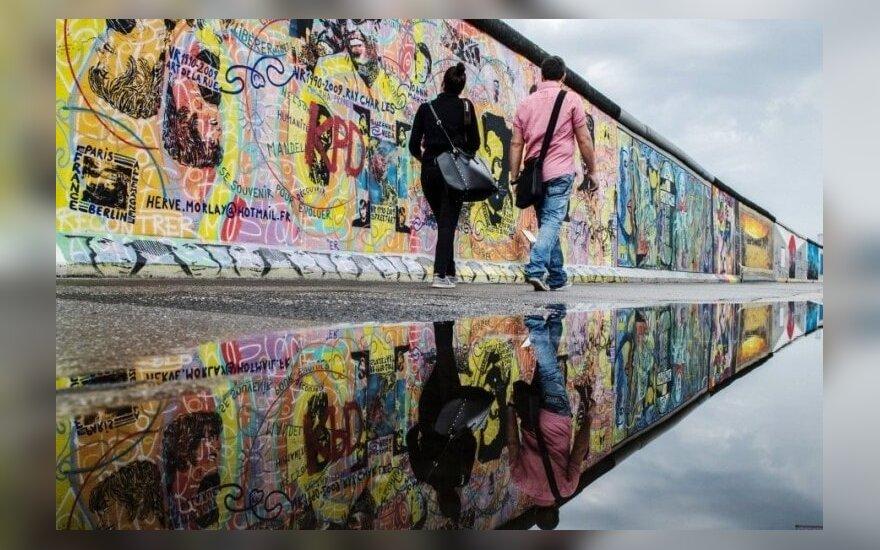 Berlyno siena po 25-erių metų