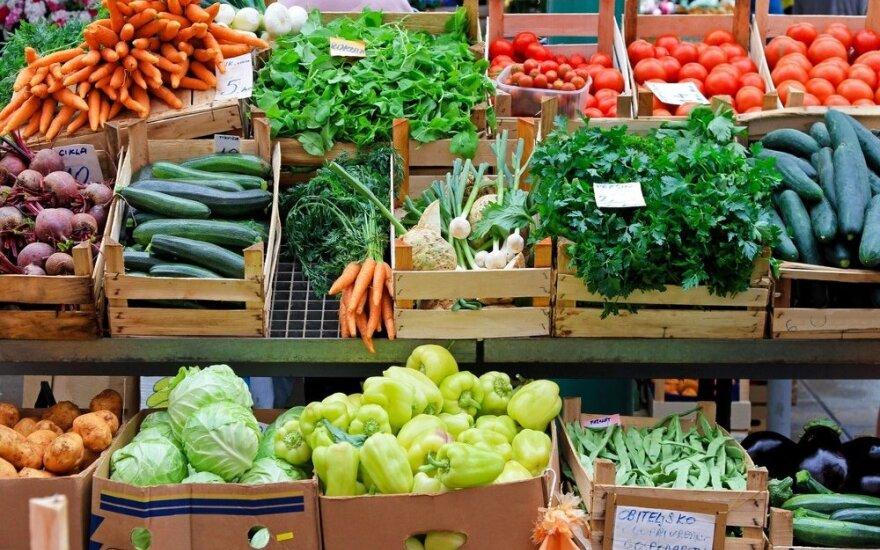 Ar tikrai lietuviškos daržovės sveikesnės, o pieno produktus reikėtų rinktis liesus?