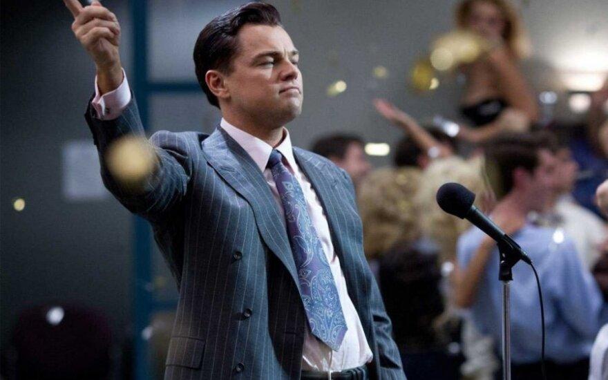 """Filmo """"Volstryto vilkas"""" recenzija: pats grubiausias M. Scorsese's darbas"""