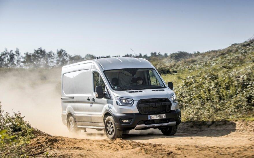 Didesnio pravažumo furgonų privalumai atsiskleidžia kebliose situacijose