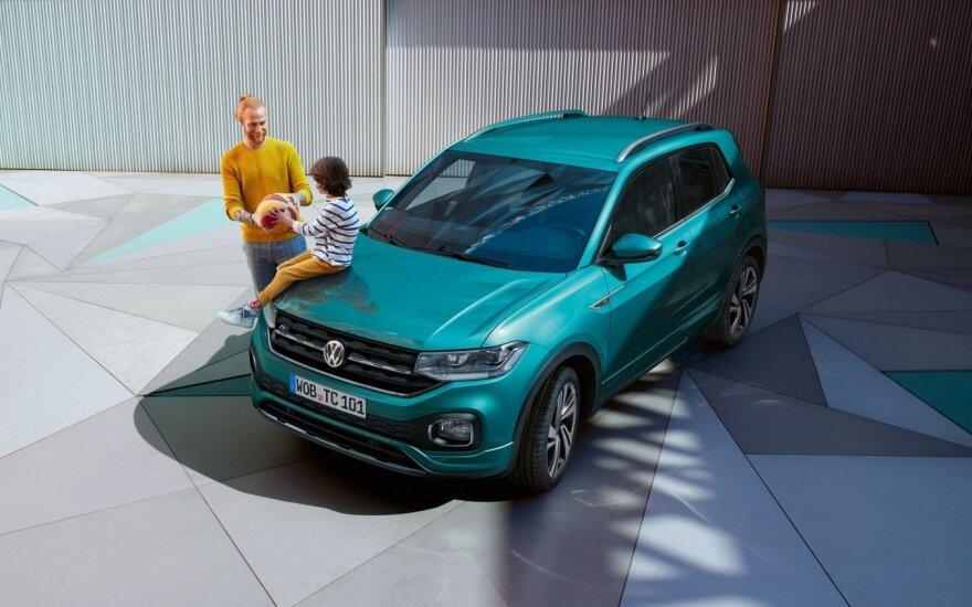 """""""Volkswagen"""" parduoda pirmuosius """"T-Cross"""""""