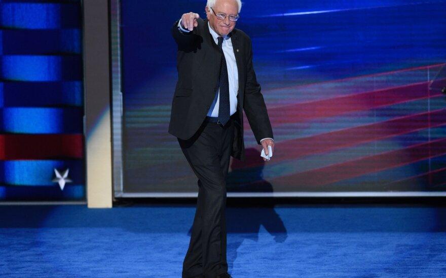 Demokratų kandidatai į JAV prezidentus susirungs pirmuosiuose TV debatuose