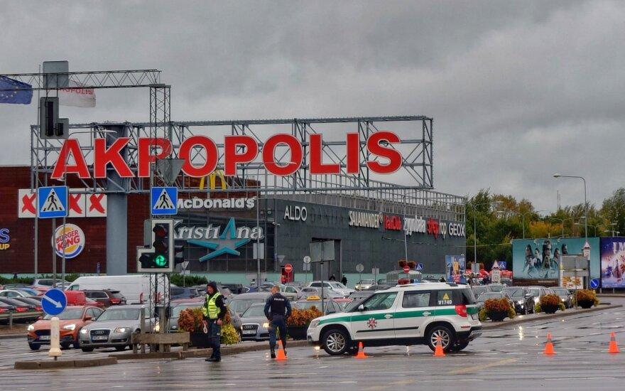 """Vilniuje buvo evakuojamas """"Akropolis"""": pranešimas buvo melagingas, sprogmenys nebuvo surasti"""