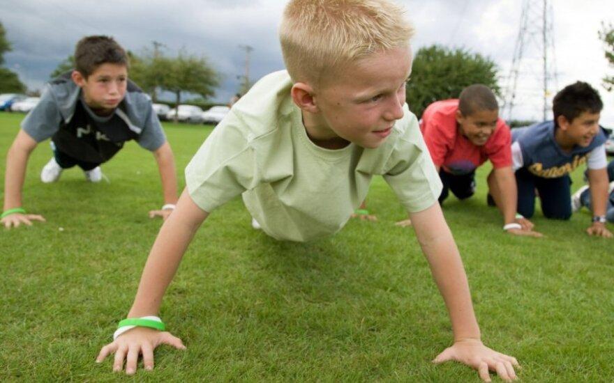 Sportuoti reikia kasdien: vaikams bent pusvalandį, senjorams – valandą