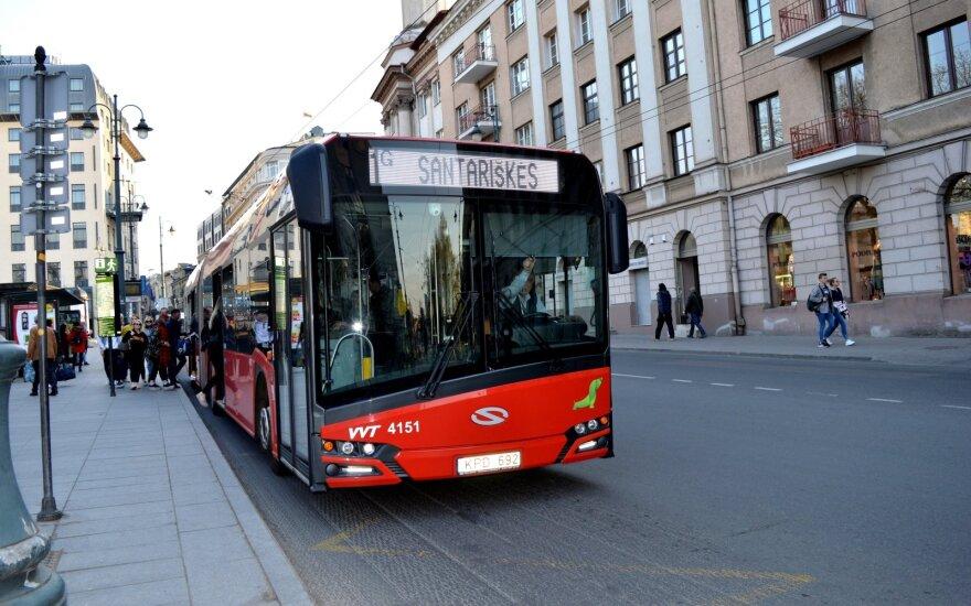 """Vilniui skirtų autobusų įsigijimą finansuos """"Swedbank"""""""