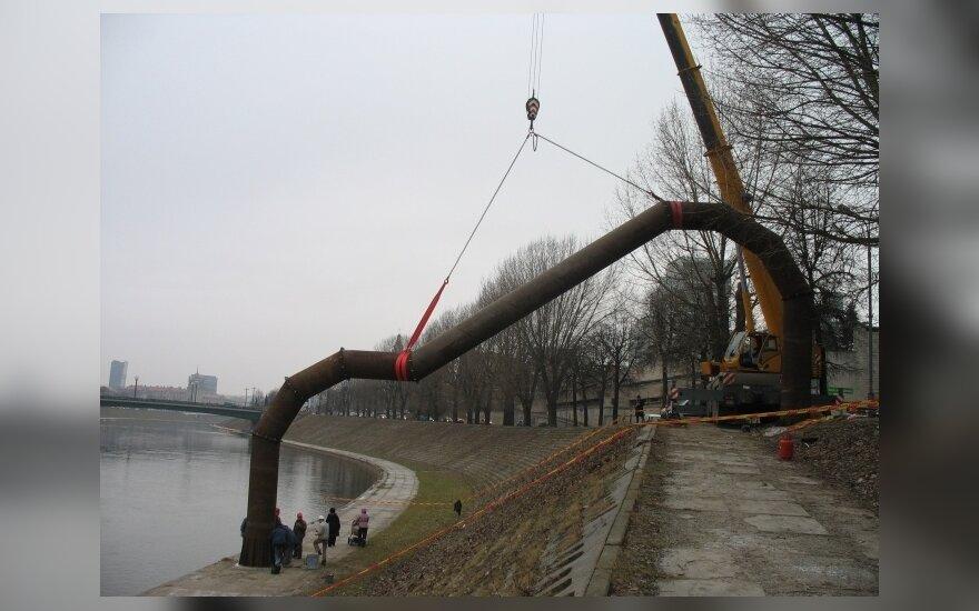 V. Vingrienė. Krantinės arka – paminklas besaikiam vartotojiškumui