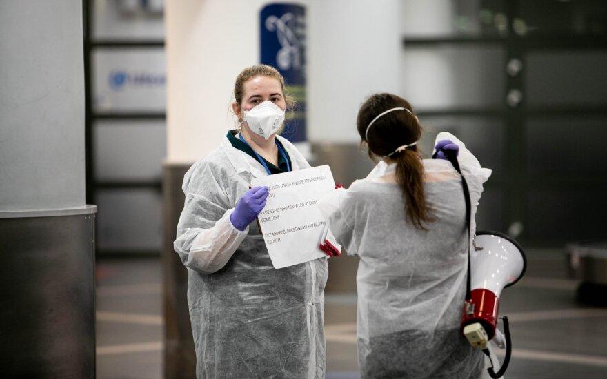 Viceministras: šiuo metu Lietuvoje yra apie 100 žmonių, su kuriais kasdien bendraujama dėl koronaviruso