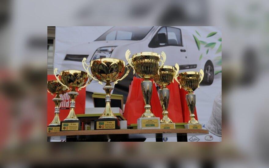 Apdovanoti taupiausi ekoralio vairuotojai