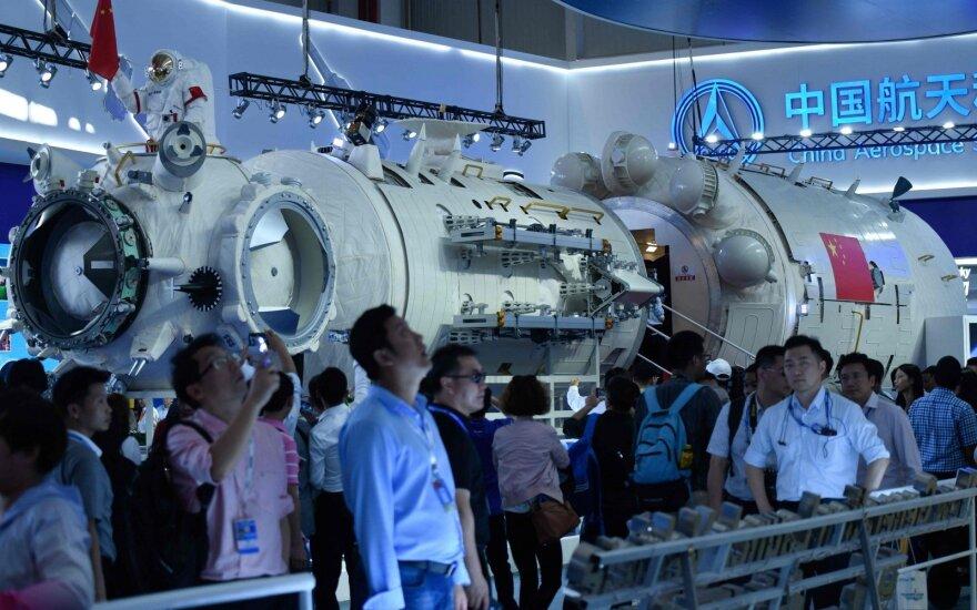JAV ir Kinija susiriejo dėl kosmoso šiukšlių