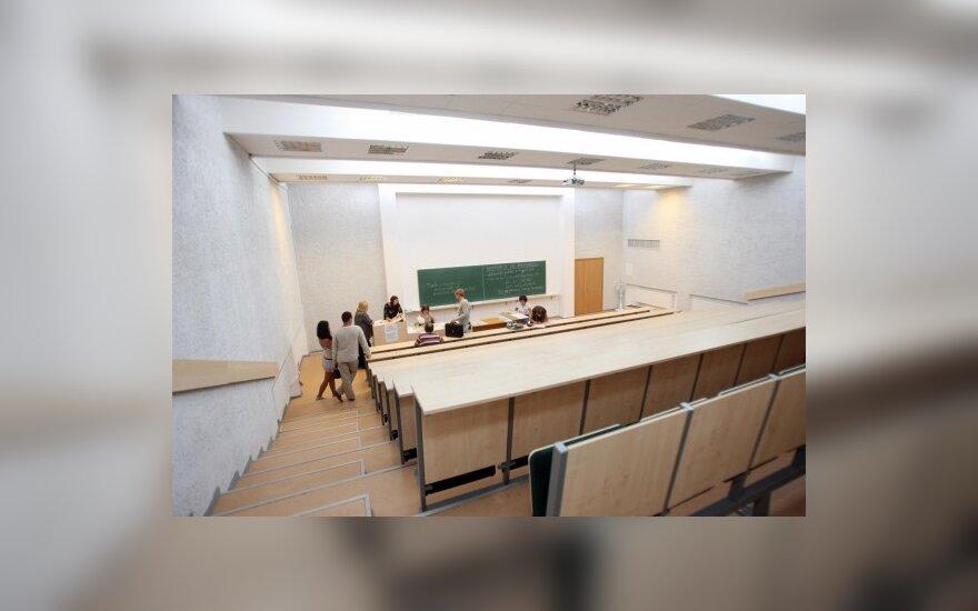 LSAS: penktadalis abiturientų nebandė stoti į Lietuvos aukštąsias mokyklas