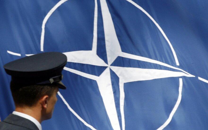 NATO kaltina Rusiją pažeidžiant svarbią sutartį