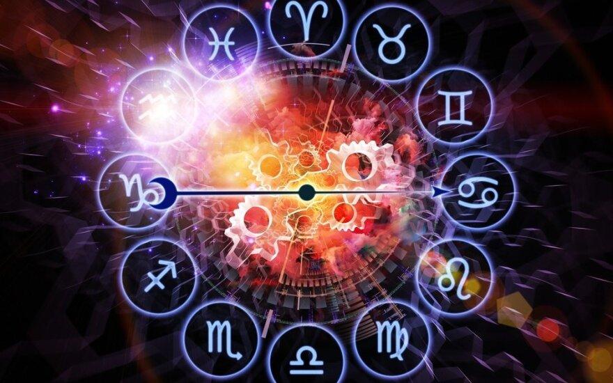 Astrologės Lolitos prognozė rugpjūčio 4 d.: pajusite laisvę
