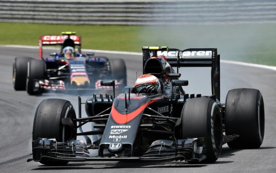 """""""McLaren"""" automobilis"""