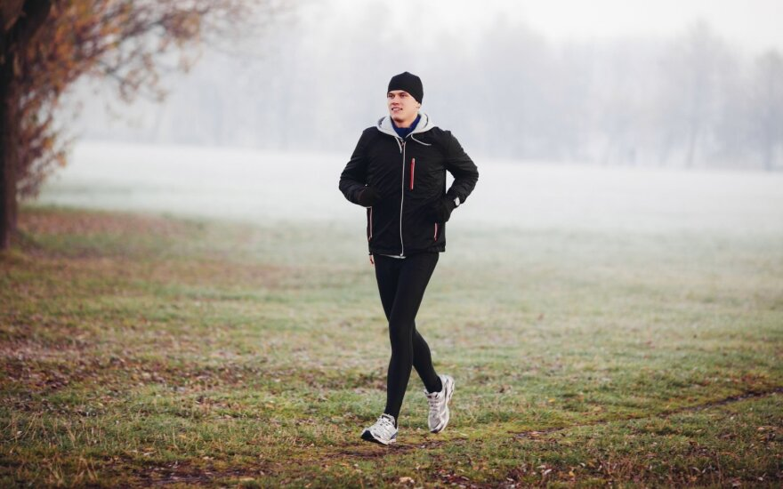 Pavasarį pabunda noras sportuoti: klaidos, kurios gali brangiai kainuoti