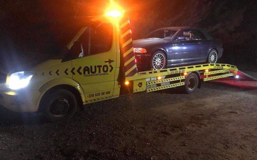 Į Palangą atlėkęs jaunuolis prisivirė košės: tėčiui BMW teks atsiimti iš policijos