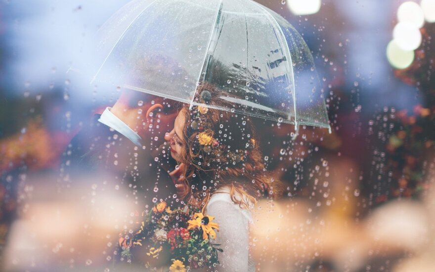 Romantiška lietaus akimirka