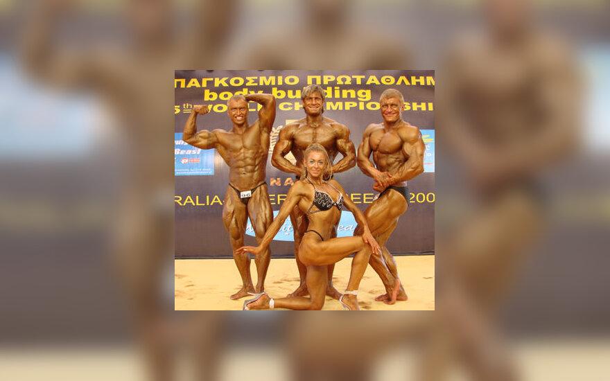 Lietuvos atstovai pasaulio kultūrizmo čempionate: R.Pažarauskaitė, T. Blažys, P. Jasiukaitis, G. Gorodničenko