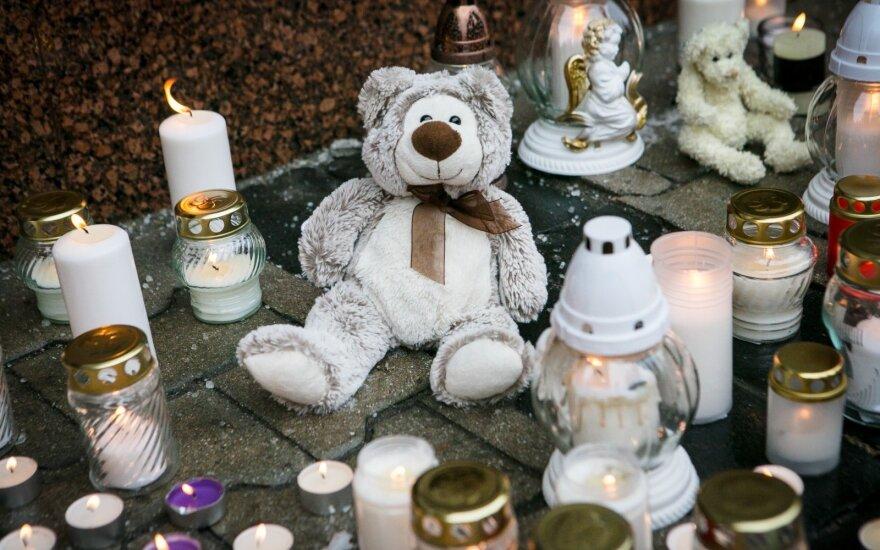 Už širdies griebiantis kreipimasis į mirusį berniuką: mažyli, miegok ramiai