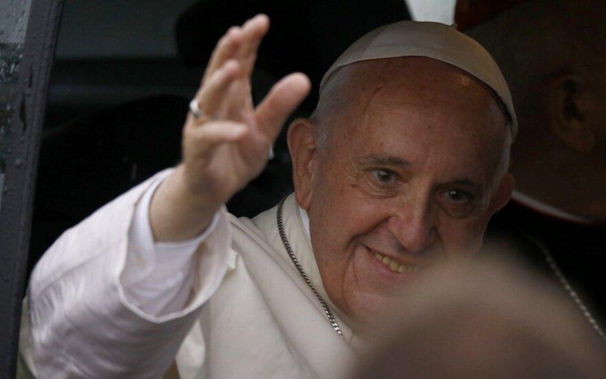Popiežius pagyrė britų musulmonų lyderius