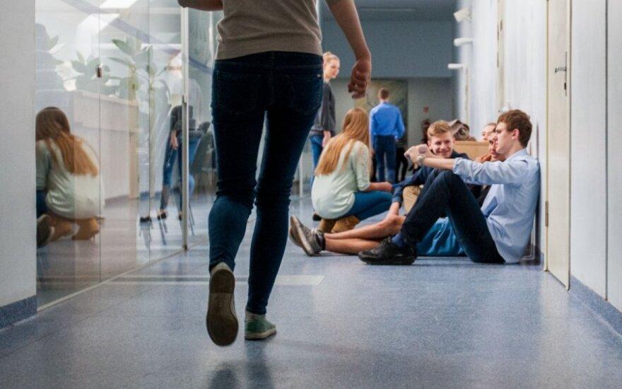 Paaiškėjo, kiek mokinių neišlaikė mokyklinio lietuvių kalbos egzamino