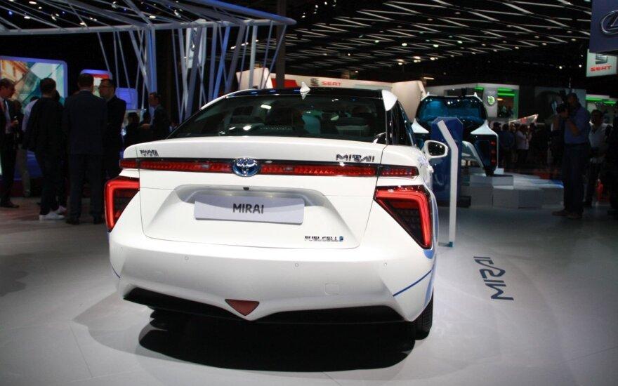 """""""Toyota Mirai"""""""