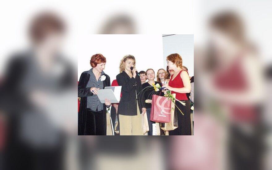 """Naujasis talentas 2002""""  Eglė Sniečkutė"""