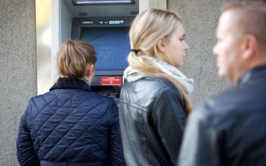 Analitikai: pirkėjus iš Lenkijos gali dominti vienas Lietuvos bankų