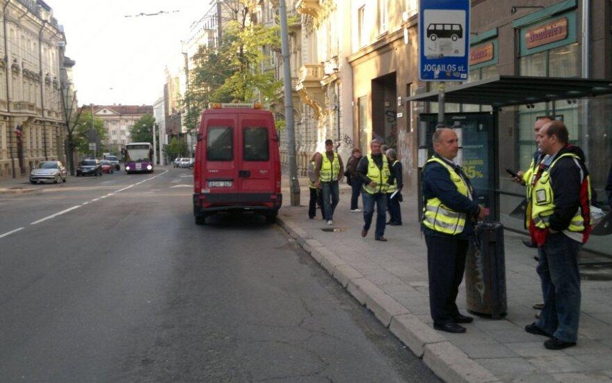 Ar išmanieji telefonai padės sekti viešojo transporto kontrolierius?