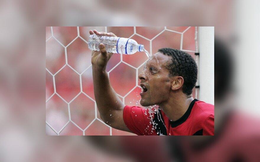 "Rio Ferdinand (""Manchester United"")"