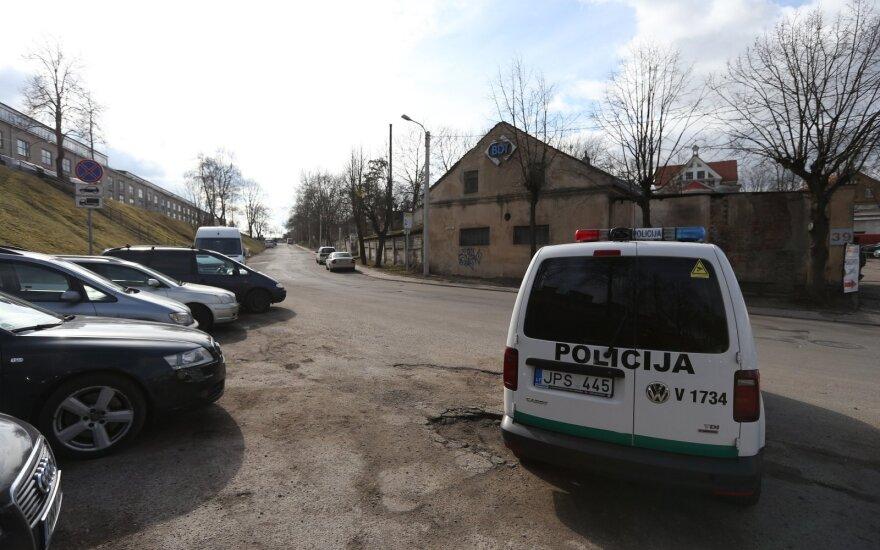 Mirtinai peiliu vyrą Kaune sužalojęs įtariamasis rastas negyvas