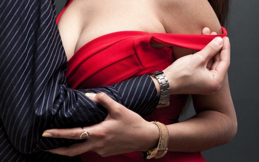 O. Gadeckis: vyrui, užkibusiam ant moters kūno formų, padidintos krūtys greit nusibos