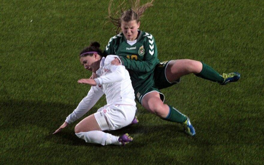 2013 metų Lietuvos futbolo moterų taurė - šiauliečių rankose