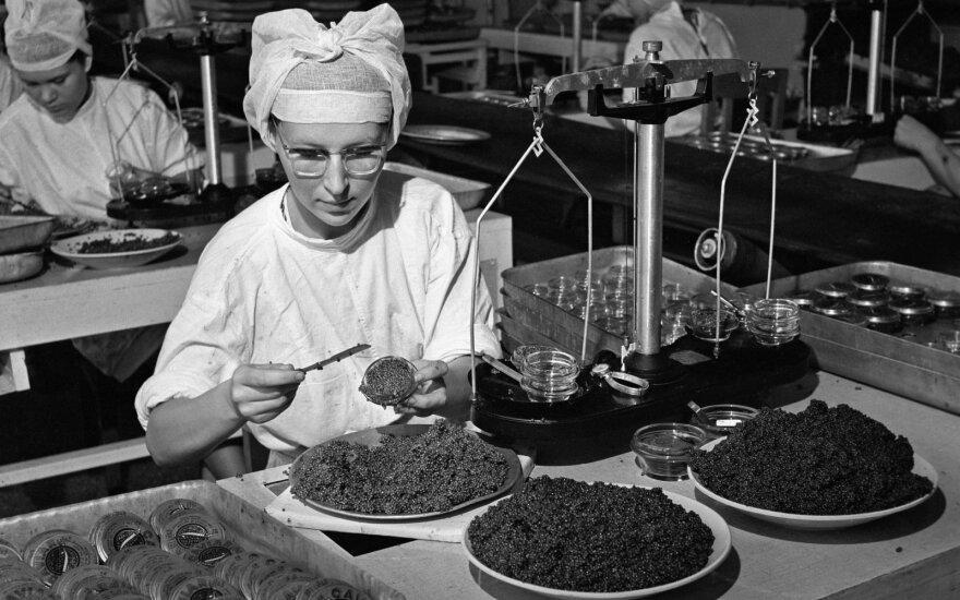 Mažai kam žinoma istorija: kaip pigus Rusijos varguolių maistas tapo prabangos preke