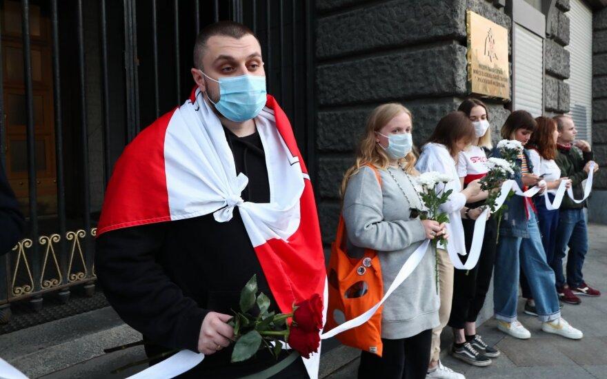 """Kalbant apie Baltarusiją liejasi tokia """"išmintis"""", kad baisu: grasina, kuo mums baigsis"""