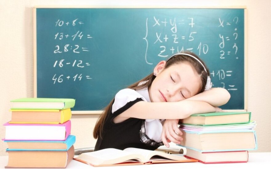 Kaip priversti vaiką mokytis?