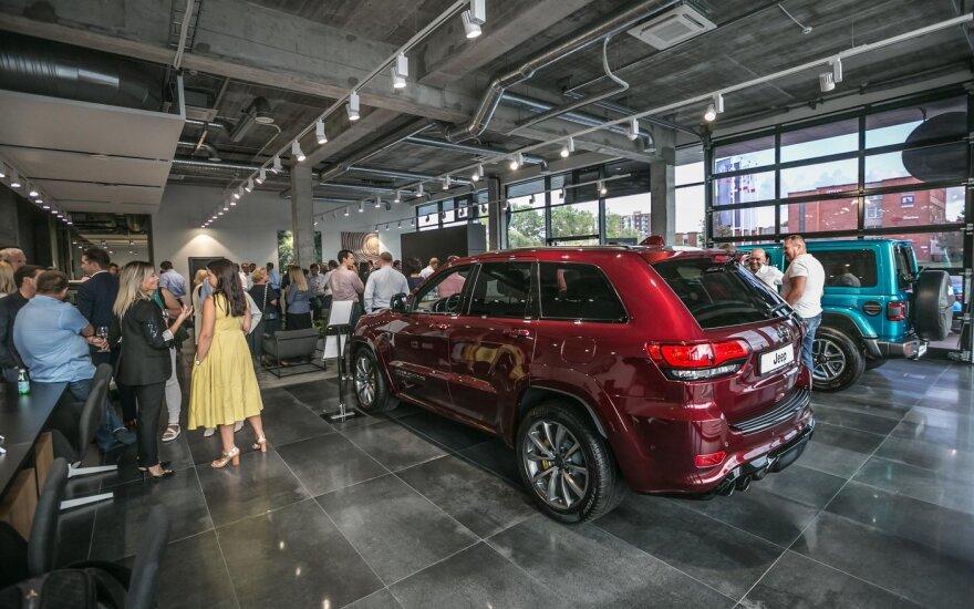 """Klaipėdoje atidaryta naujas """"Autobrava Motors"""" automobilių prekybos salonas"""